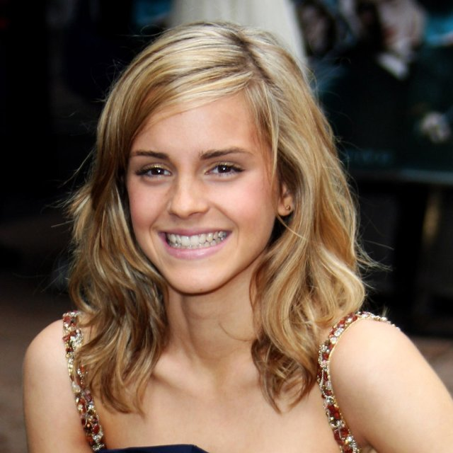 cute and simple emma watson no make up