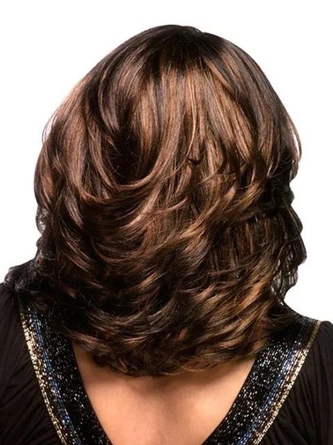 voluminous layer cut for shoulder length hair