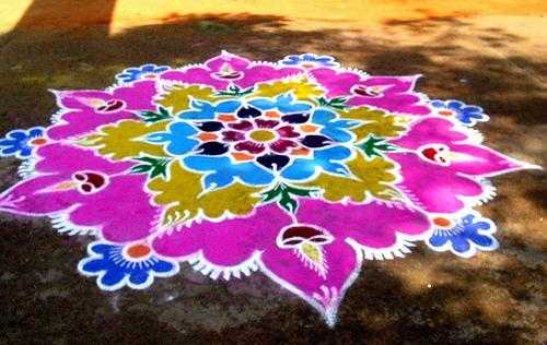powder color rangoli design for diwali