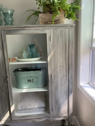 upcycled_cabinet_19