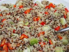 salata colorata de quinoa