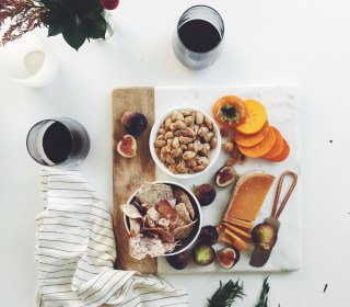 Healthy Holiday Entertaining: Your How-To Guide & Menu!