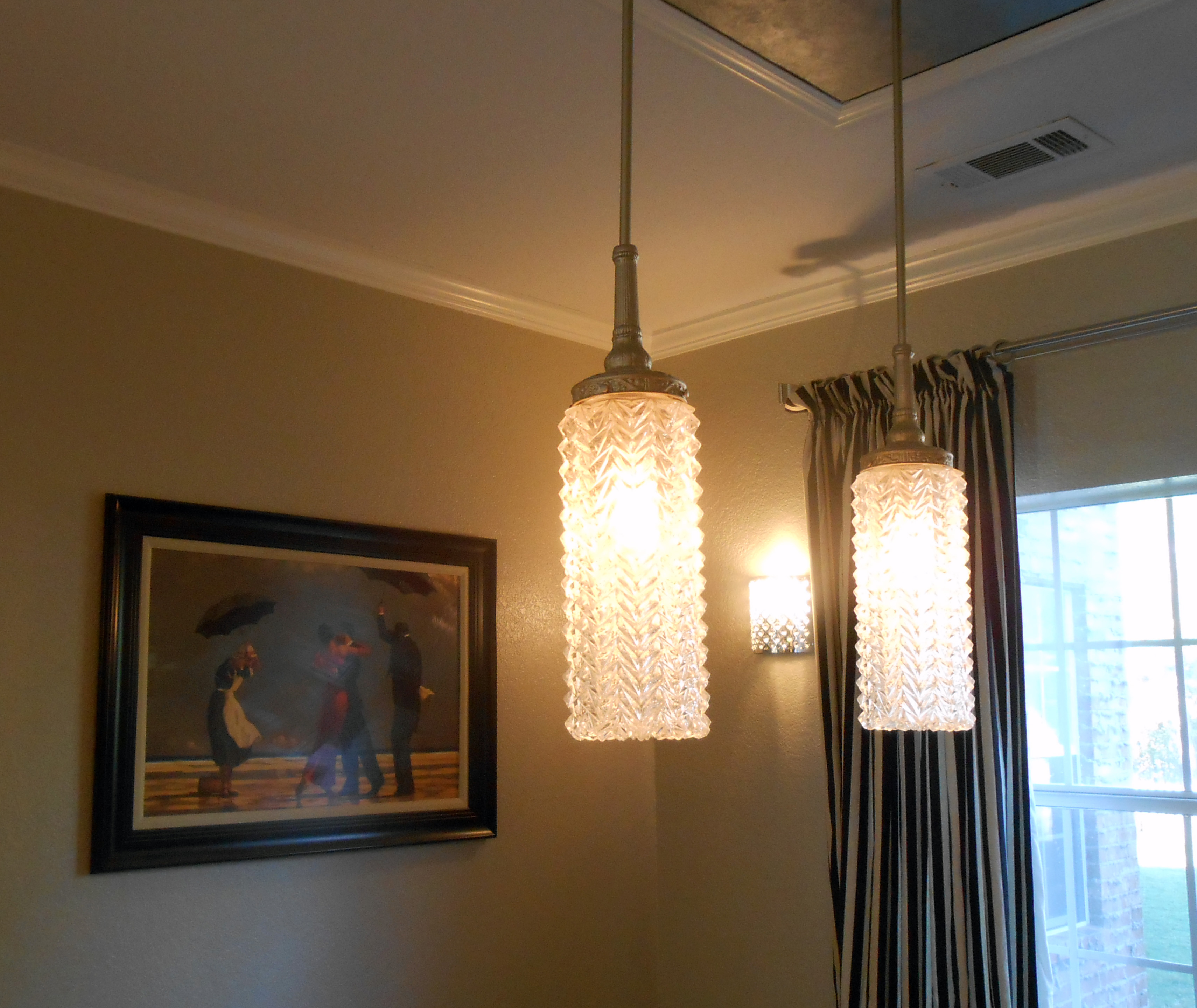 Dining Room Wall Sconces - Home Ideas And Designs on Dining Room Sconce Idea id=84560