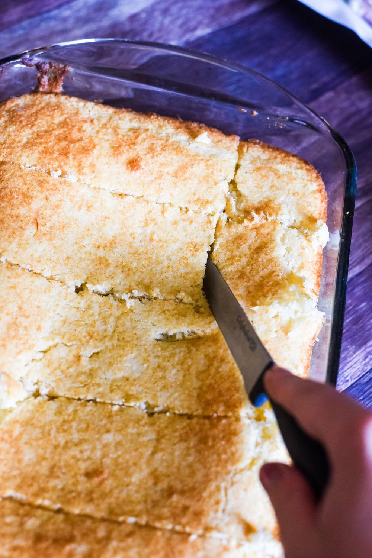 cutting cornbread
