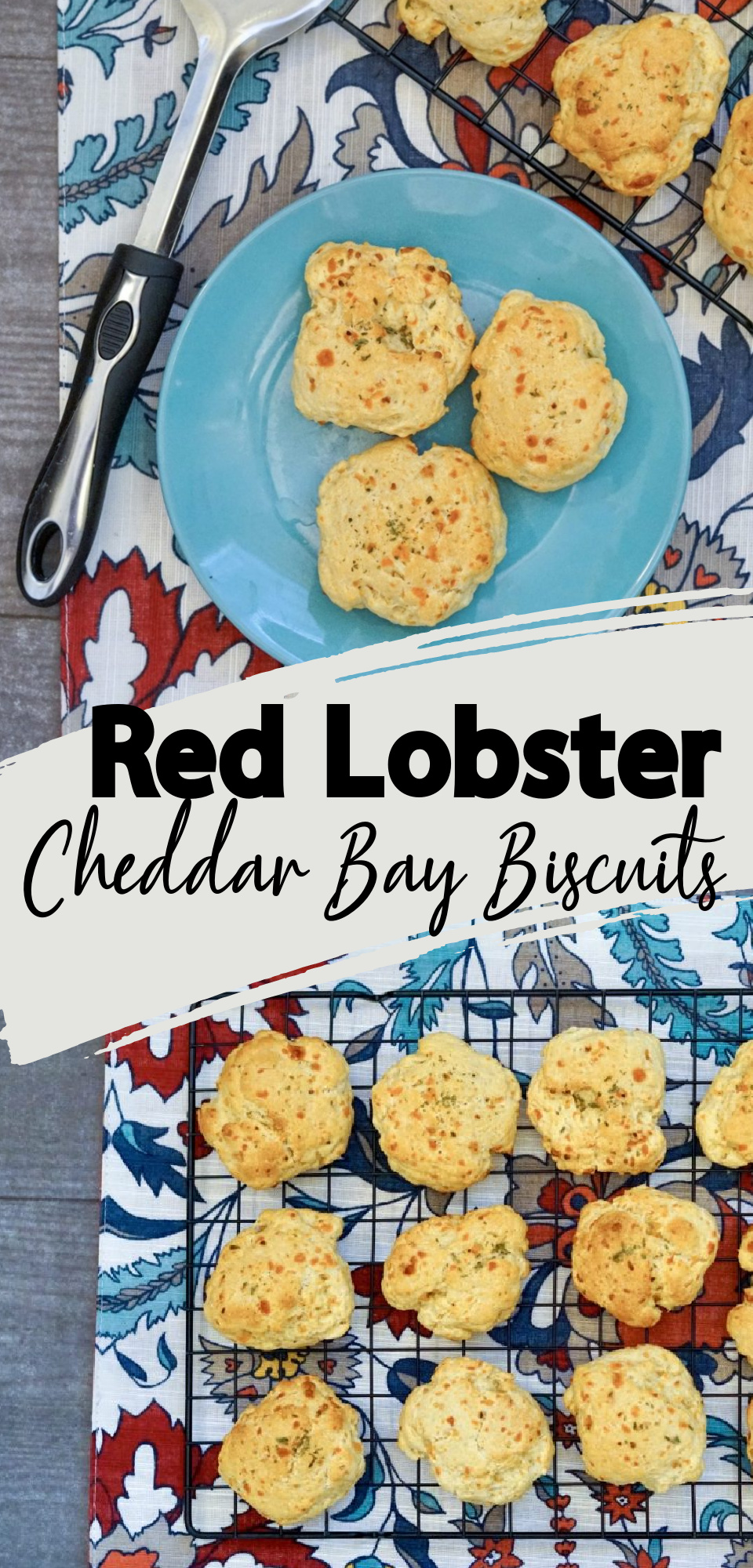 Do you love Red Lobster Cheddar Bay Biscuits? Than you will love this copycat recipe that tastes just like you are eating them in the restaurant! These easy drop biscuits are a quick and easy, warm and cheesy addition to any meal. via @simplysidedishes89