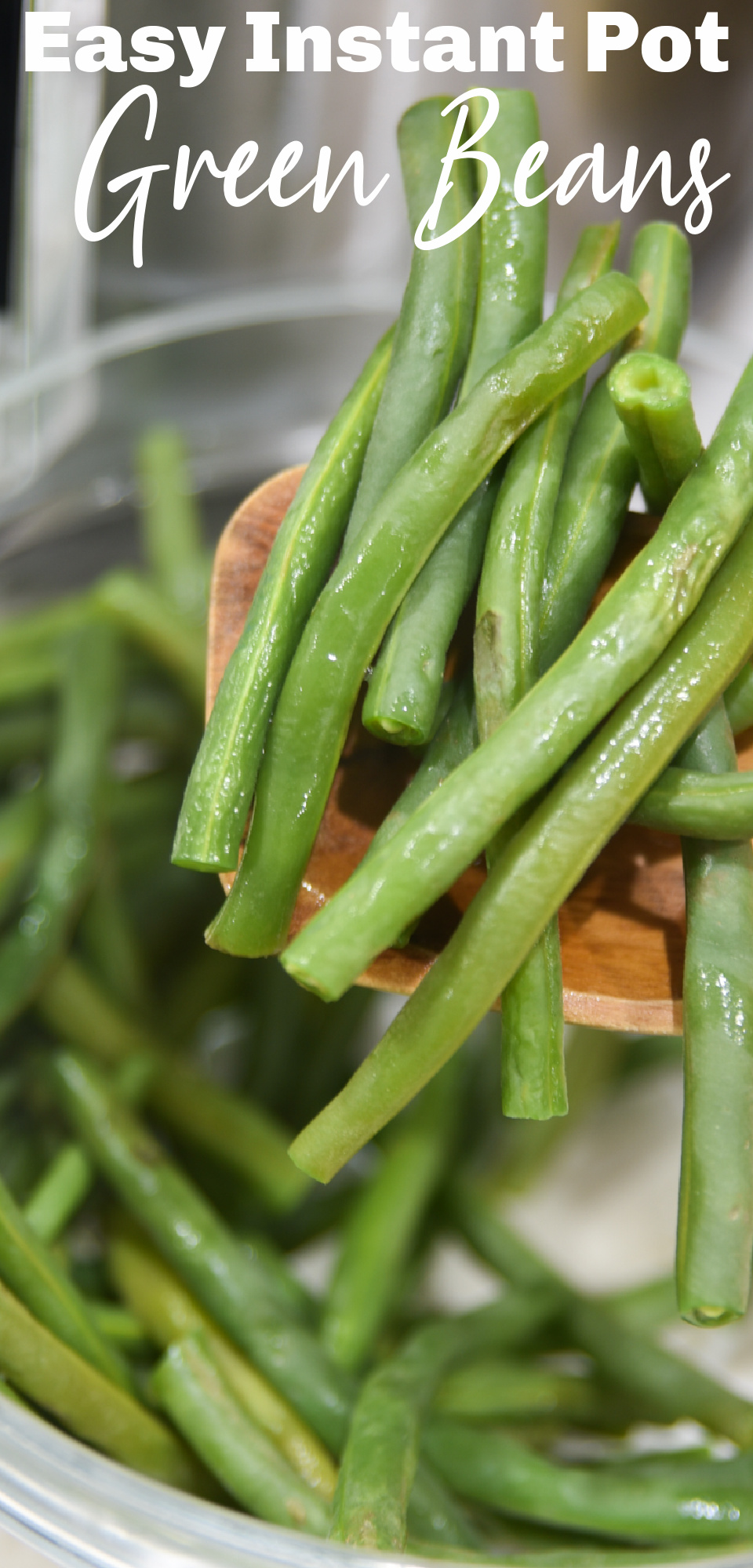 Green beans are one of the easiest and most versatile side dishes. Quickly make delicious green beans with the ease of your Instant Pot! via @simplysidedishes89