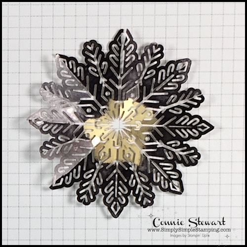 TEACH Me That! Learn how to color FOIL SNOWFLAKES for a totally different look at www.SimplySimpleStamping.com - look for the September 28, 2017 blog post
