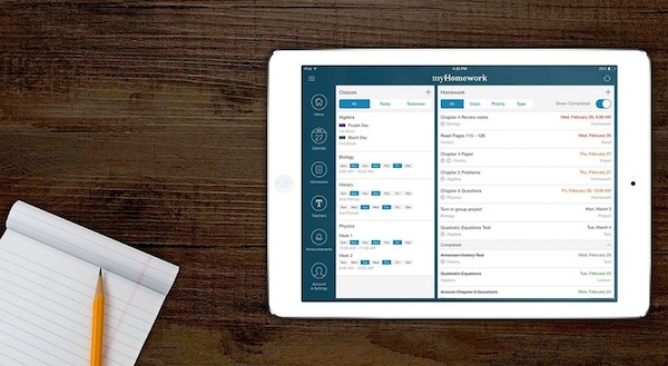 Track Homework Digitally // 7 Strategies for Staying Organized for Back to School // simplyspaced.com