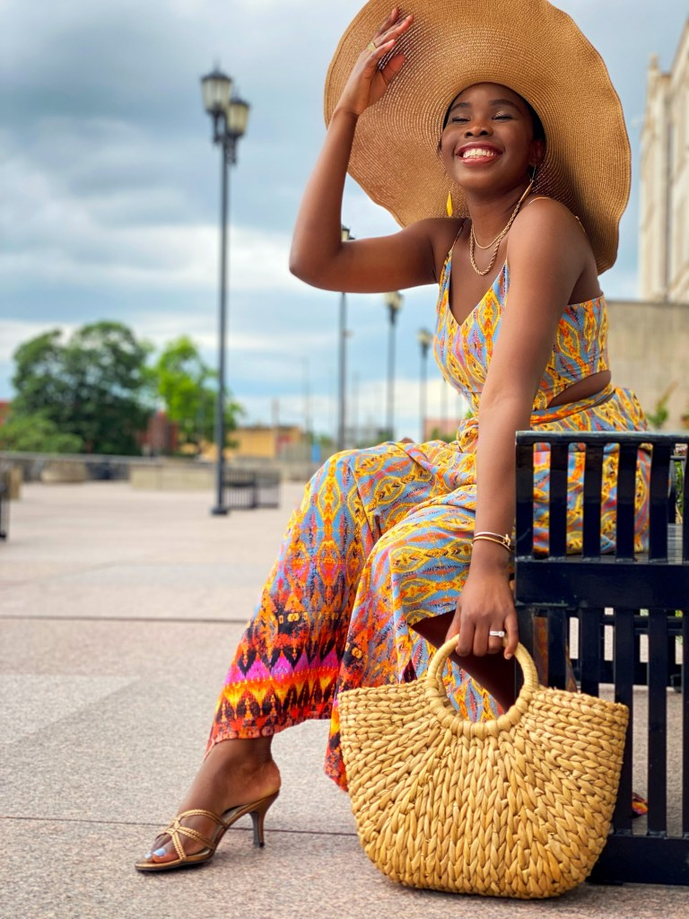 how to style straw hats for Summer