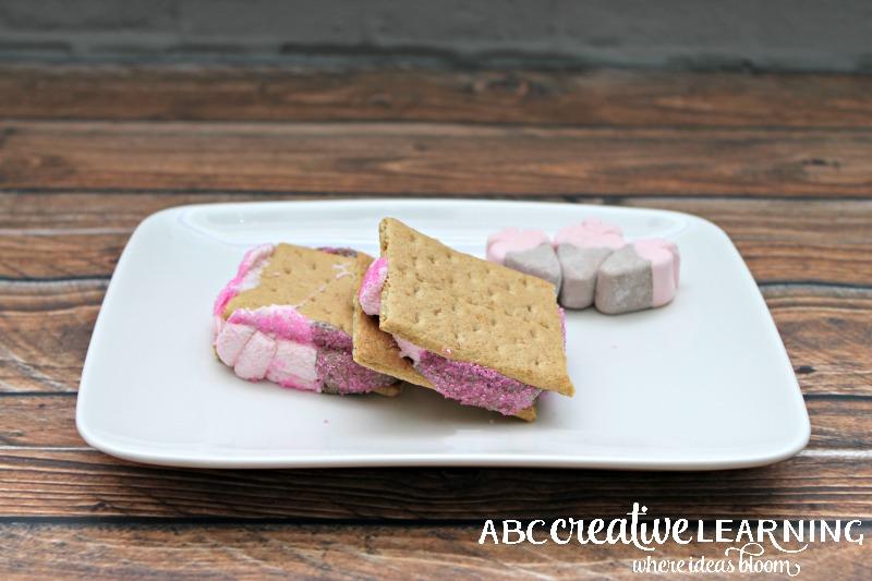 Valentine's Day Strawberry Marshmallow S'mores Recipe