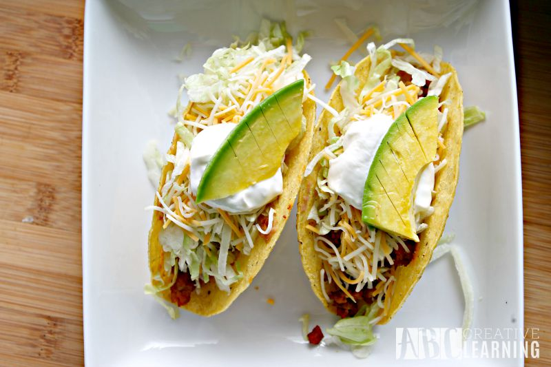 Easy Turkey and Avocado Taco Recipe + Paypal Giveaway  with Slices