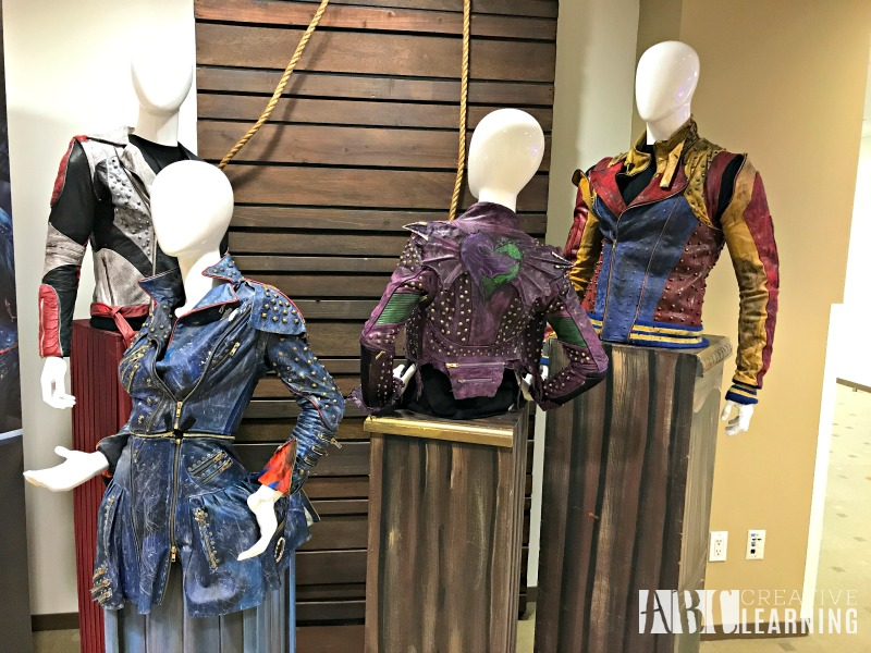 6 Reasons To Watch Descendants 2 On Disney Channel + Exclusive Cast Interviews Costumes