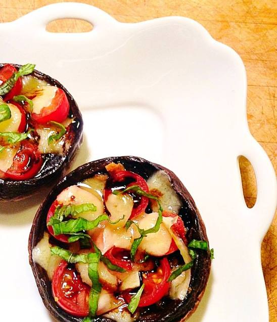 balsamic glazed tomato and cheese stuffed portobello13339509_10209747725510314_8260261694960497218_n[1]