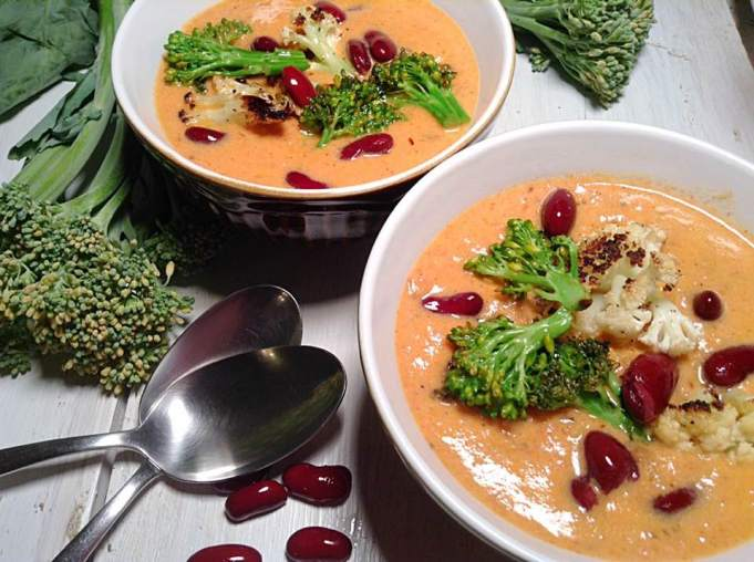 Tomato soup with red beans and grilled vegetables