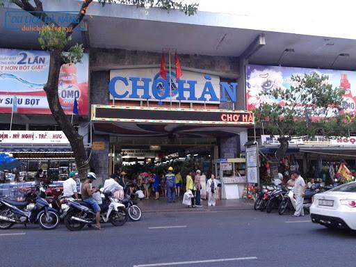 Local street food and Da Nang nightlife (4)