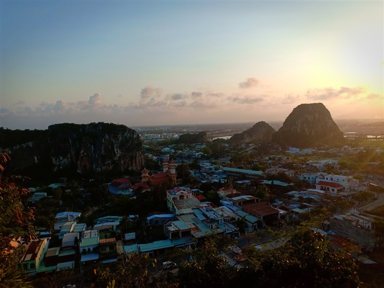 Marble mountains and Hoi An walking tour (2)