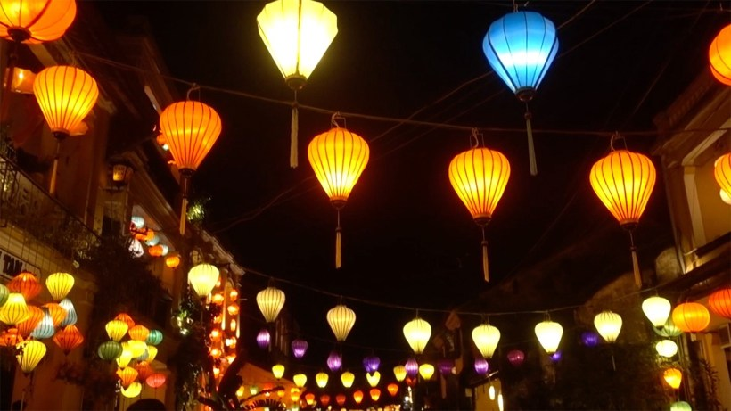 Local food and Hoi An walking tour (1)