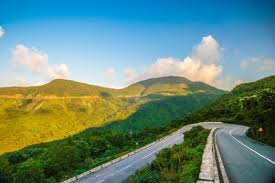 Marble Mountains, Monkey Mountain and Hai Van Pass (12)