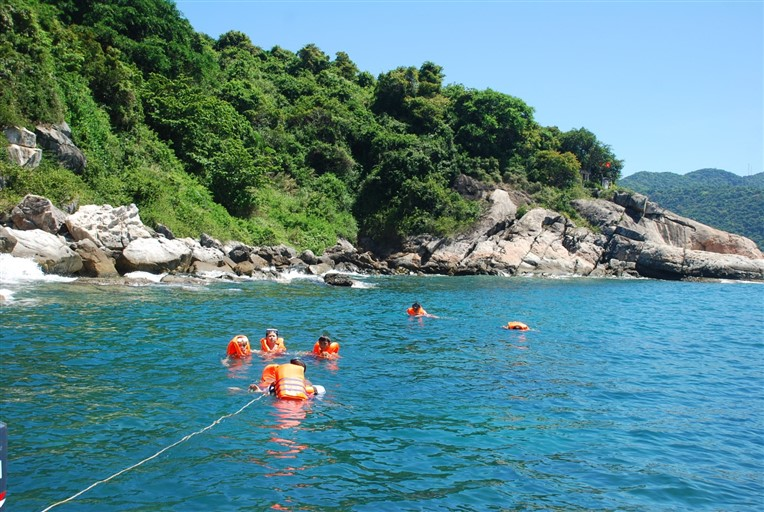 Cham islands and snorkeling tour (4)