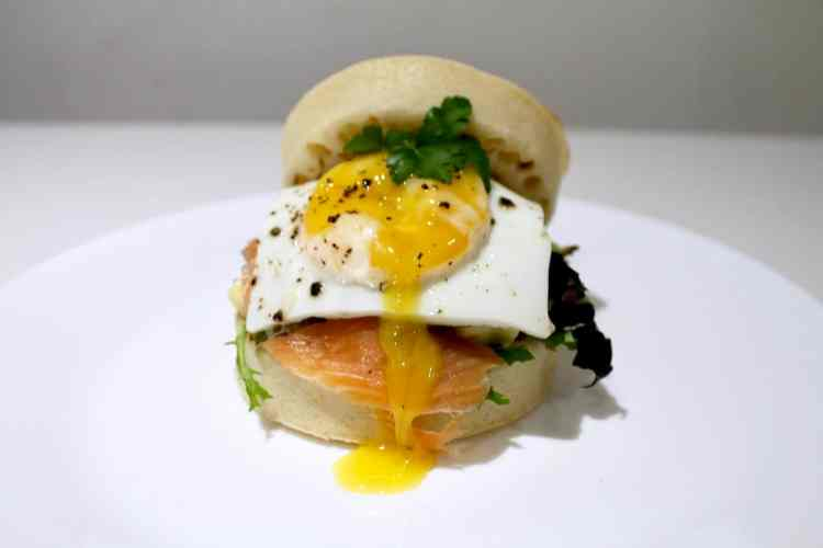 How to cook A Simple Crumpet Breakfast