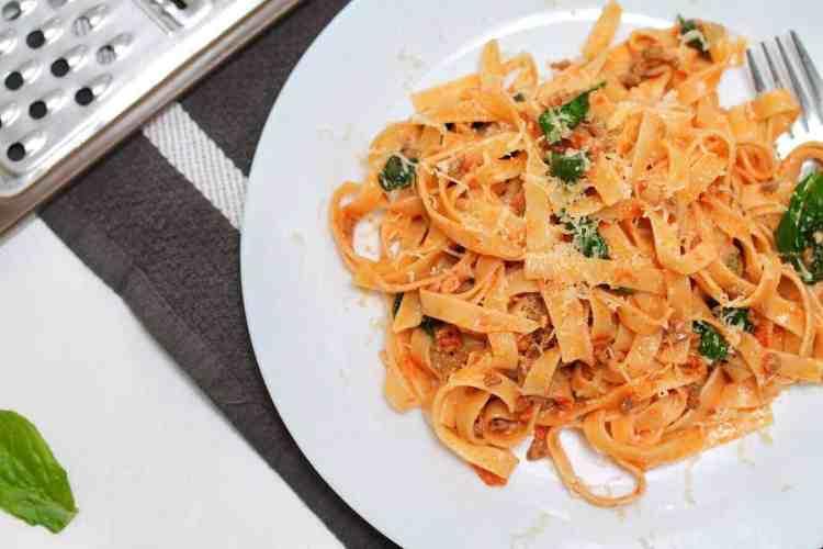 How to cook Tasty Tomato Tagliatelle