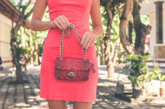 Things Every Woman Needs In Her Handbag
