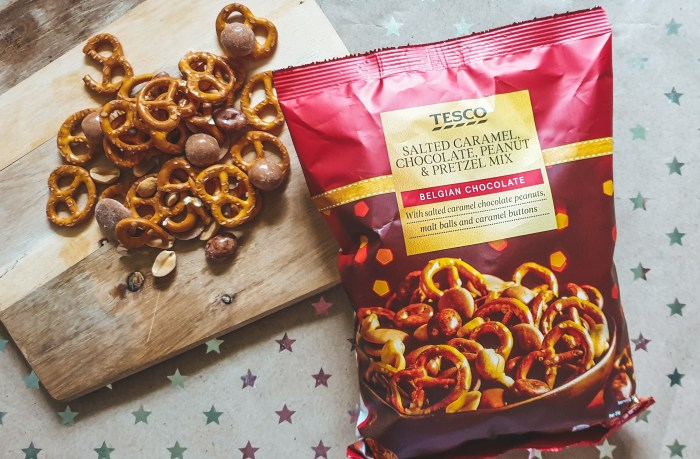 Tesco Salted Caramel Pretzel Mix Christmas Food Treats