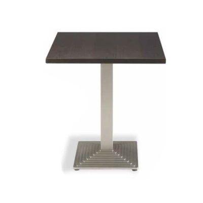 mesa cuadrada con base de hierro m368