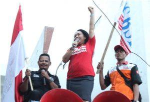 Presiden Konfederasi Serikat Buruh Seluruh Indonesia (KSBSI) Elly Rosita Silaban.