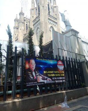Jaga Persaudaraan Indonesia di Hari Natal, Komunitas Pegiat Anti Radikalisme Haidar Alwi dkk Bagi 5000 Kartu Ucapan Natal di Jakarta.