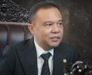 Dua Hari Bertemu di Hotel Mulia, Ada Beberapa Kesepakatan, Tapi Buruh Bukan Untuk Menggolkan Omnibus Law. – Foto: Wakil Ketua DPR Sufmi Dasco Ahmad. (Net)