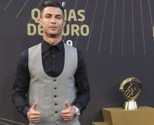 Wow, Sekali Posting di Instagram, Cristiano Ronaldo Dapat Duit Rp 17 Miliar - Cristiano Ronaldo, manusia dengan followers Instagram terbanyak. (Foto:Getty Images/Carlos Rodrigues)