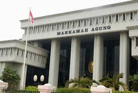 Hakim MA Ogah Tanggapi Rendahnya Vonis Terhadap Pengedar Kakap Narkoba. - Foto: Gedung Mahkamag Agung (MA). (Net)