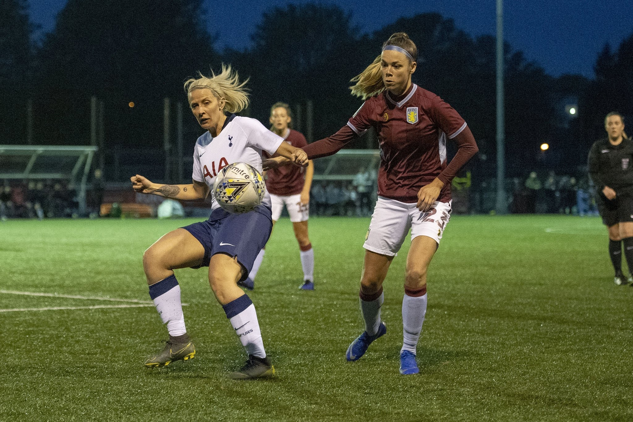 Nadine Hanssen in astion for Villa. Photo from @AVLFCOfficial