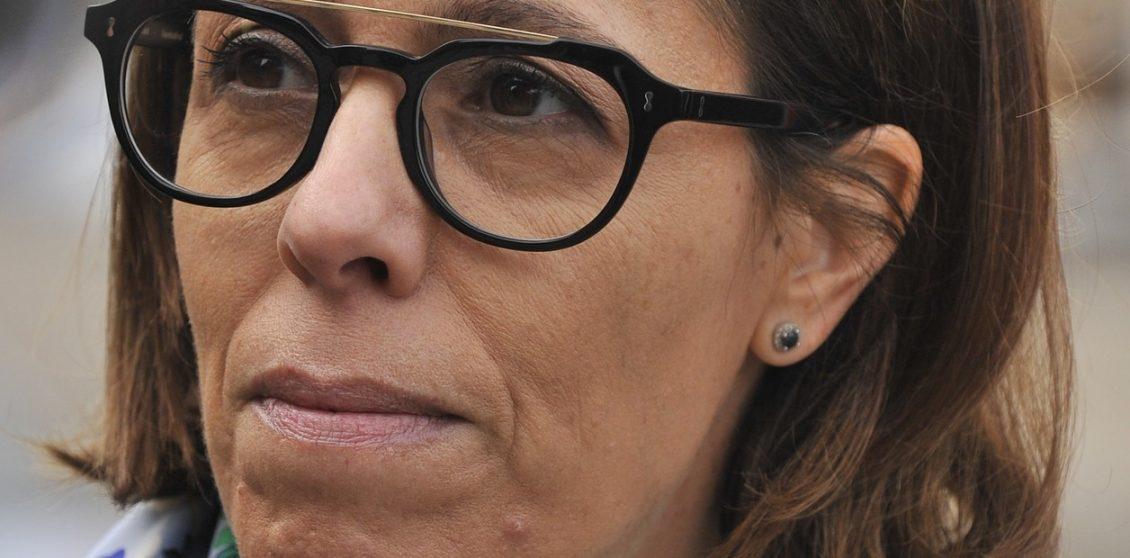 """EL AMOR EN EL AIRE: HUMORISTA ULTRA M SE """"DECLARÓ"""" EN TWITTER A FUNCIONARIA DE CAMBIEMOS"""