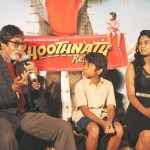 f0qo0dlh7pr9nlvy.D.0.Amitabh-Bachchan--Parth-Bhalerao--Usha-Jadhav-at-the-theatrical-trailer-launch-of-BHOOTNATH-RETURNS--2-