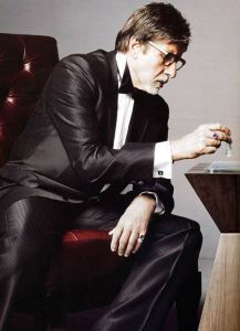 amitabh-bachchan-playing-chess