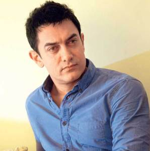 50000-people-welcomed-Aamir-Khan-in-a-village