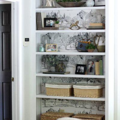 A Built-In Bookshelf Makeover