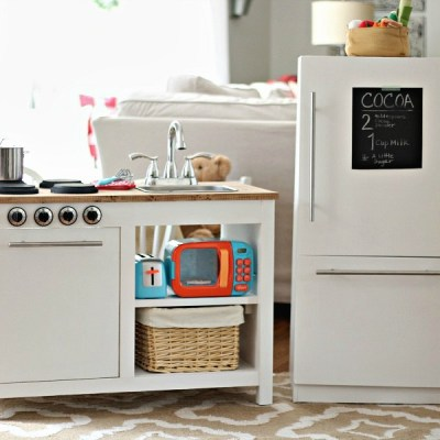 Farmhouse Style Kids Play Kitchen – Free Plans