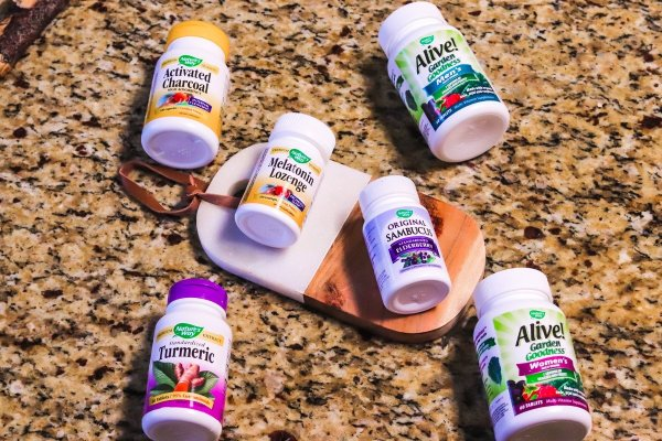 Natural Supplements In Our Medicine Cabinet