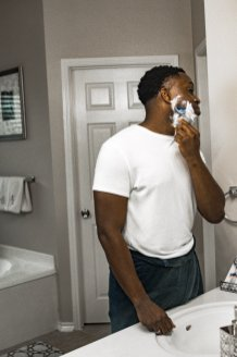 Tips For Preventing Razor Bumps In Black Men 9