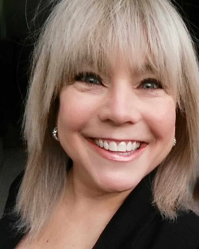 How Learning to Act Can Help You Find Yourself: An Interview with Portland-Based Acting Coach Karen Lavoie (& Exclusive Offer!)