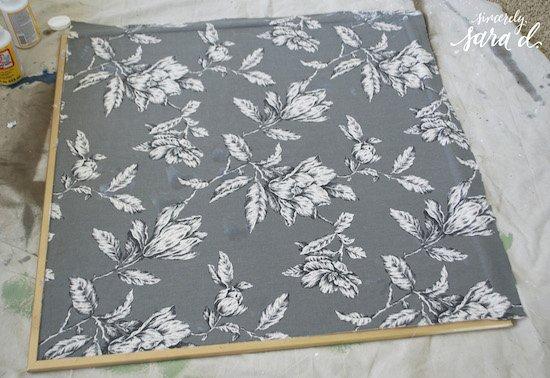 Tutorial for making fabric corkboard