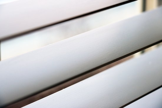 Cleaning blinds with Endust