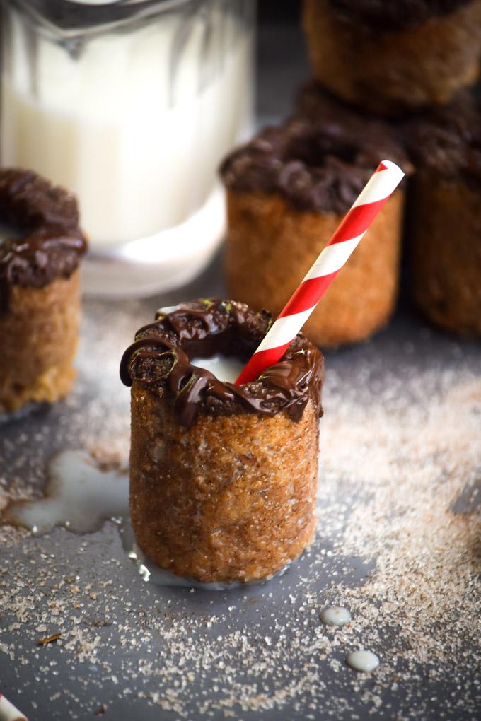 Chocolate Coated Snickerdoodle Milk & Cookie Shots (10)