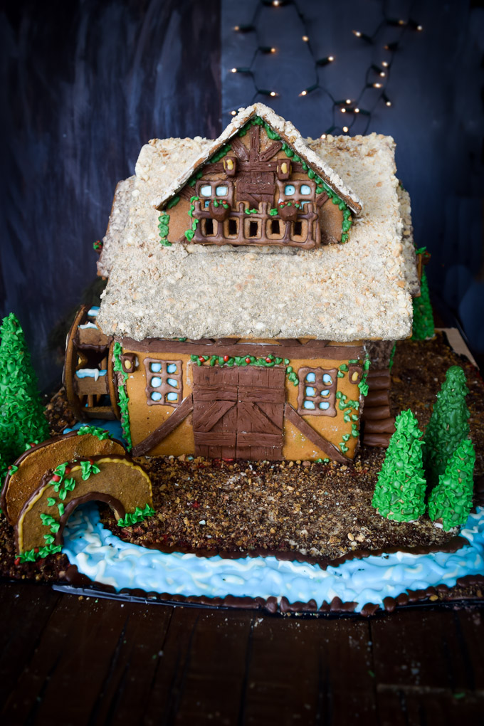 Gingerbread House 2015! Fairytale Forest Cottage (2)