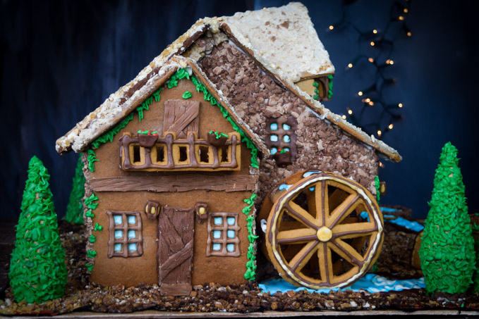 Gingerbread House 2015! Fairytale Forest Cottage (8)