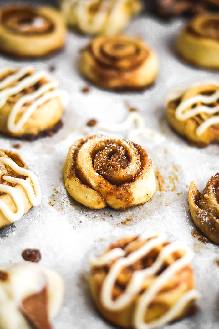 copycat costco mini cinnamon rolls
