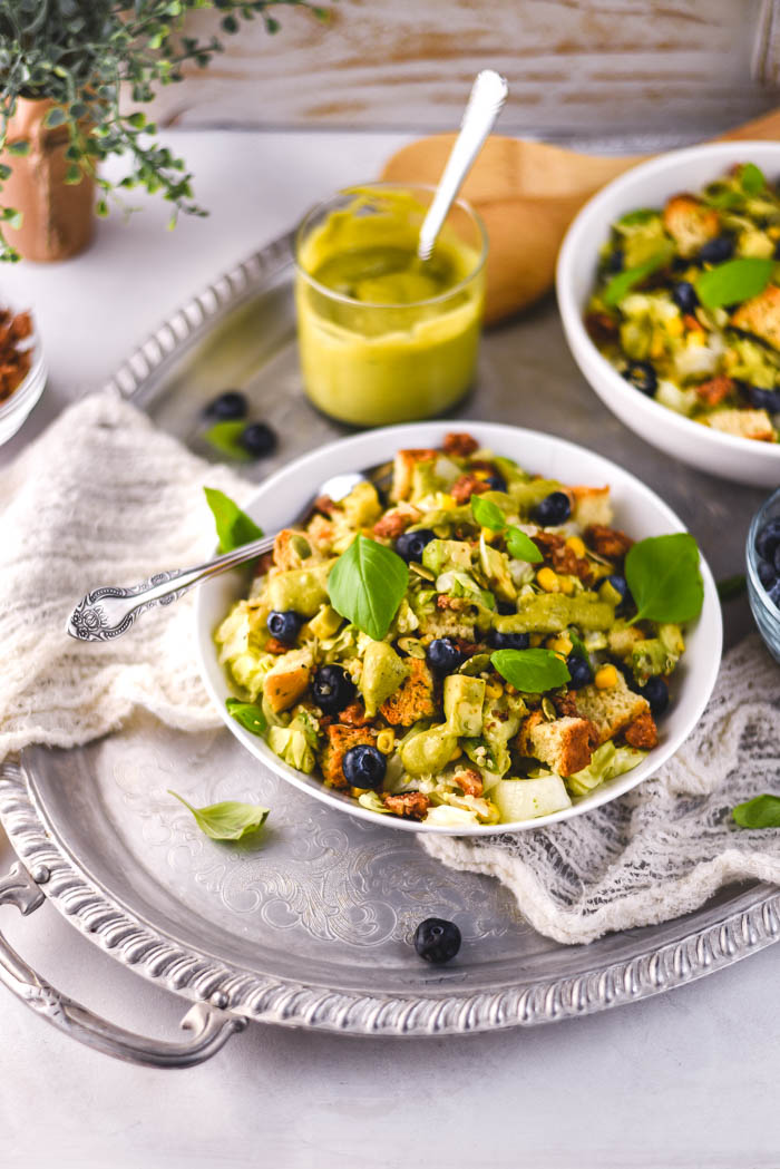 quinoa blueberry spinach salad